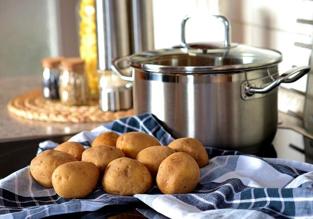 vaření brambor